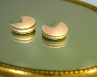Rose Macaron stud earrings