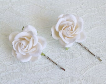 White flower hairpin etsy white rose hair clips wedding hair accessories bridal hair clips white rose pins mightylinksfo Image collections
