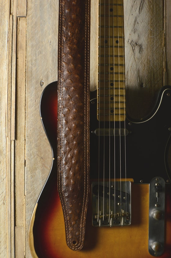 GS61 Padded Leather Guitar Strap