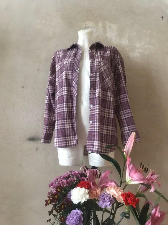 FLANNEL button down grungy purple shirt  vtg size