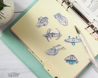 star trek ship sticker, kawaii spaceship sticker, trekkie gift, voyager tng ds9 stickers, spaceship stickers, voyager, enterprise, defiant