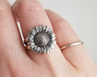 Sunflower Ring. Solid sterling silver. Floral jewelry. Garden Ring. Chromafusion Jewelry