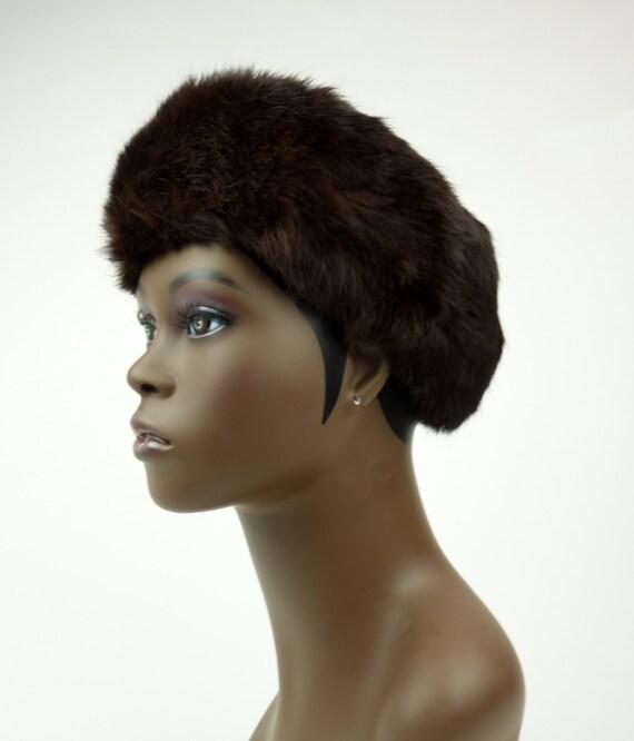 1950s 60s brown rabbit fur hat, winter beret, pill