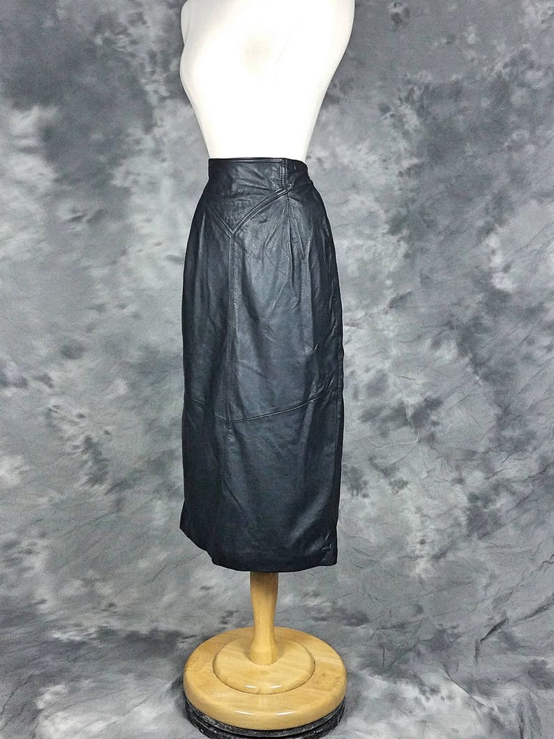 Black leather pencil skirt, 80s high waist Byrnes and Baker, size small, 6