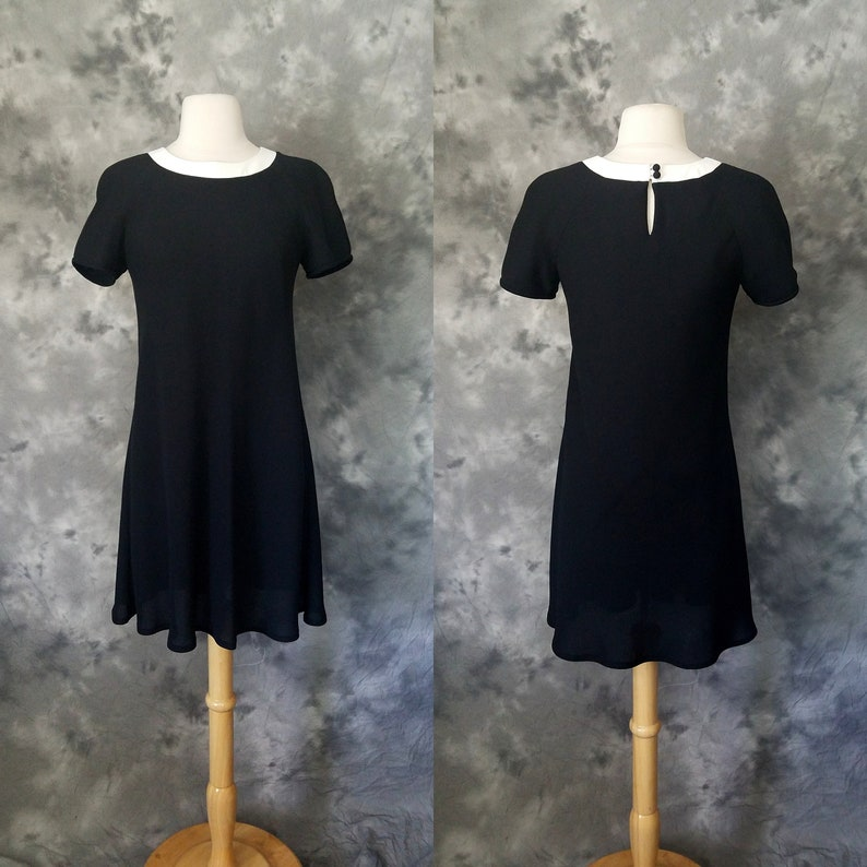 fc944513c7a 1990s black color block mod sheath dress Liz Claiborne short