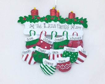 11 Red and Green Mittens Family Ornament / Personalized Christmas Ornament / Family Reunion / Grandparents / Grandchildren