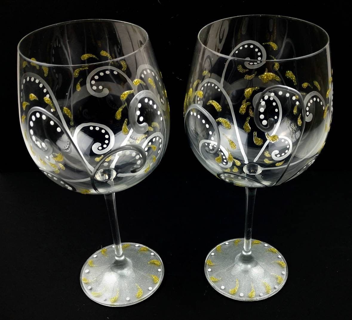 2 Fancy, Elegant Hand Painted Wine Glasses, Set of Two, Pretty Sparkling Gold & Silver Swirl Design, Wine Gift Idea, Sparkly Wine Glasses