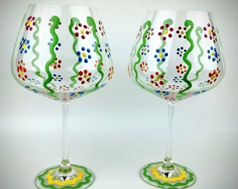 Spring flower hand painted wine glasses, summer wine glasses, flower wine glasses, stemmed, gift for mom, gift for mothers, Mother's day