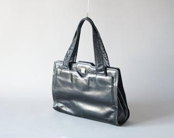 Italienische vintage Leder Handtasche Clutch, 70er weiches Lackleder 70s Mode Accessoire Ledertasche Cocktail Party runde Form