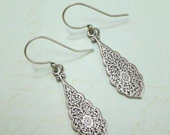 Silver Art Deco Earrings Victorian Ear Dangles Silver Filigree Lace Earrings