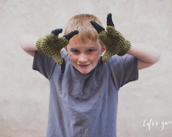 Crochet pattern Dinosaur Raptor Inspired 3 finger gloves. Jurassic Park inspired. Instant digital download CP407JGA
