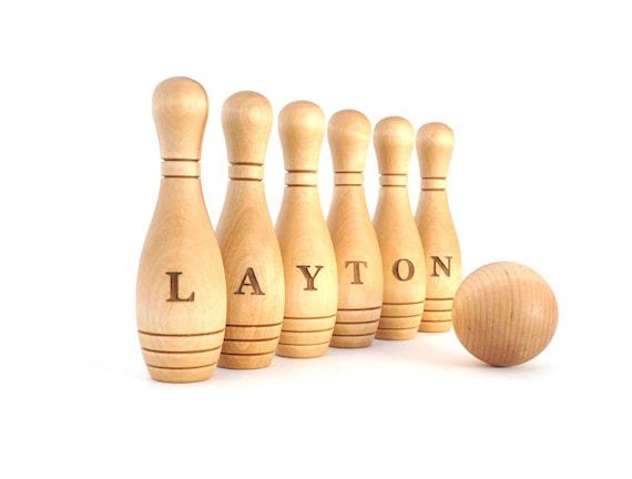 Personnalisé, jeu de quilles en bois, jeu de quilles, Montessori jouet en bois, jouet en bois enfant, jouet jeu personnalisé, Waldorf bois jouet, 6 broches