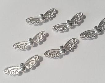 50 Flügel Perlen Engelflügel Metall Schmetterling silber hell Schutzengel 20