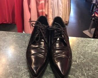 82f81e628e14 MIU MIU Kitten heels Pointy toe Lace up Shoes