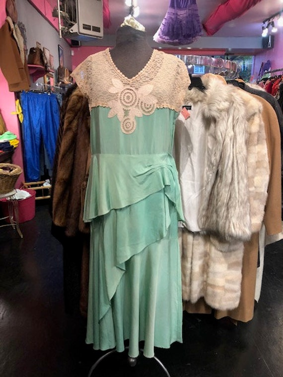 1920's Silk Green & Cream Gown