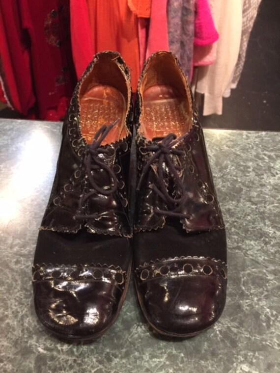 Black lace up 70's Shoes