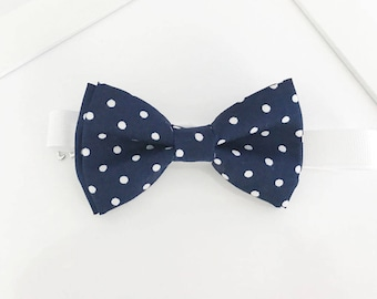 d7b5b9037545 Navy and white Polka dots Bow-tie - boys bow tie - adult bow tie - baby bow  tie - polka dots bow tie