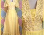 Vintage 60s groovy boho pastel hippie yellow ruffle maxi dress prom wedding dress size xs