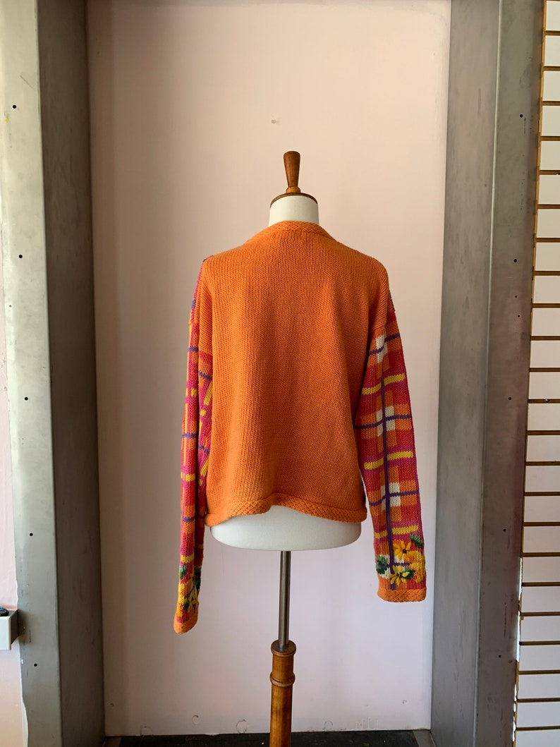 Vintage 1990s kitschy plaid sunflower knit cardigan size ML