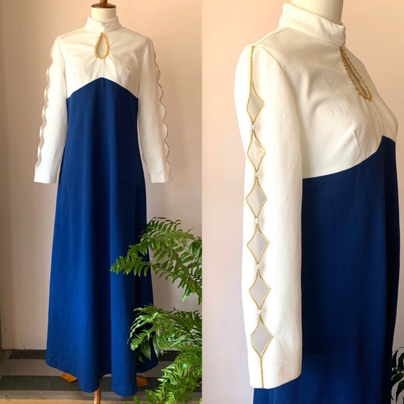 Vintage 1970s groovy navy blue and white maxi dres
