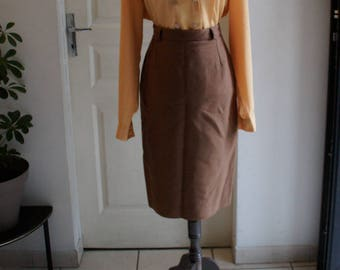 Caramel brown skirt style 1940 straight cut