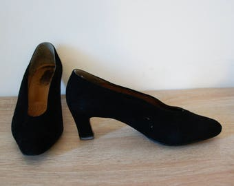 Vintage pumps from the 40's 50's shoes