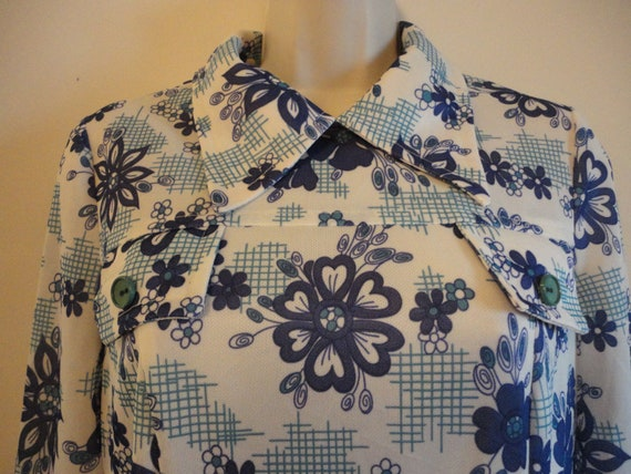 Blue Floral Print 70s Dress Long-Sleeved Pointy Co