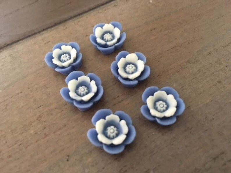 blue flower cabochons ombre flowers USA Ships quick Resin flowers 6 pcs Two Tone Blue Flowers cabochons