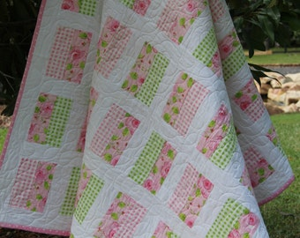 Simple Chic Quilt Pattern- Easy Pattern, Tutorial, PDF Quilt Pattern