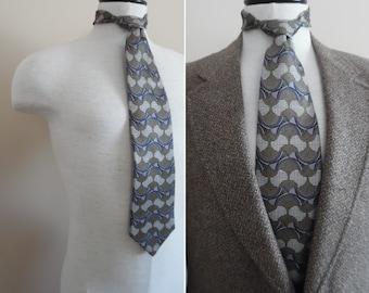 Como Collezione silk necktie blue gray white made in USA vintage