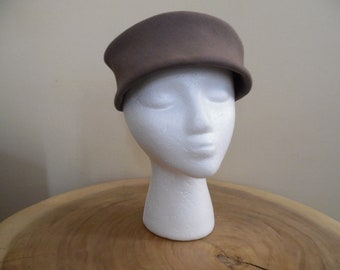 Vintage 1960s Taupe Pillbox Hat; Hand Finished Genuine Fine Fur Felt; Toque, Scottie Hat, Brimless Hat