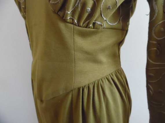 Vintage 1980s Khaki Colored Dress with Leg o Mutt… - image 7