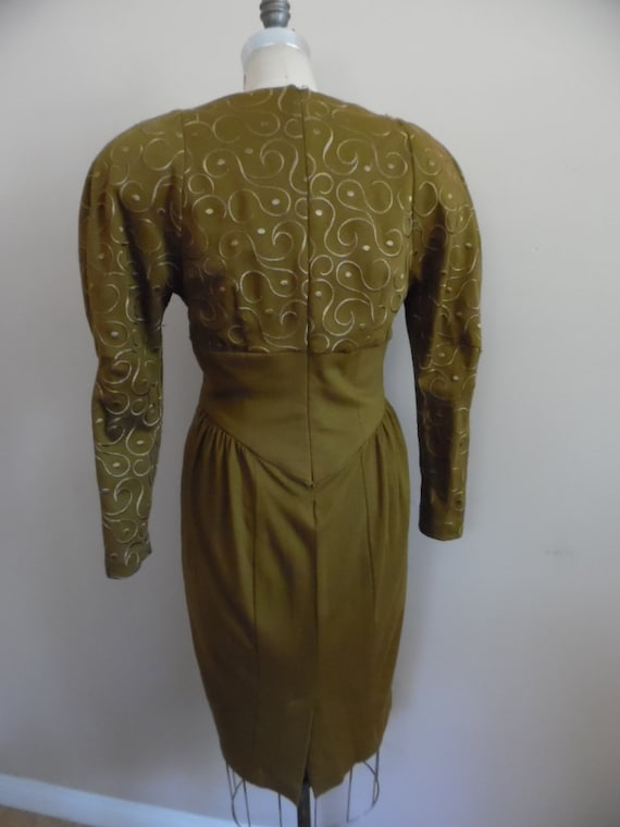 Vintage 1980s Khaki Colored Dress with Leg o Mutt… - image 4