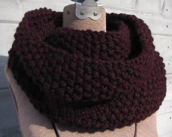 Dark Purple Circle Scarf - Chunky Aubergine Scarf - Eggplant Wool Cowl - Warm Knit Scarf - Deep Purple Wool Scarf - Gift for Her