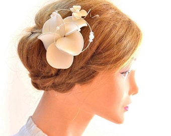 Ivory fascinator Orchid fascinator Hair comb Bridesmaid headpiece Bridal hair flower Wedding hair accessory