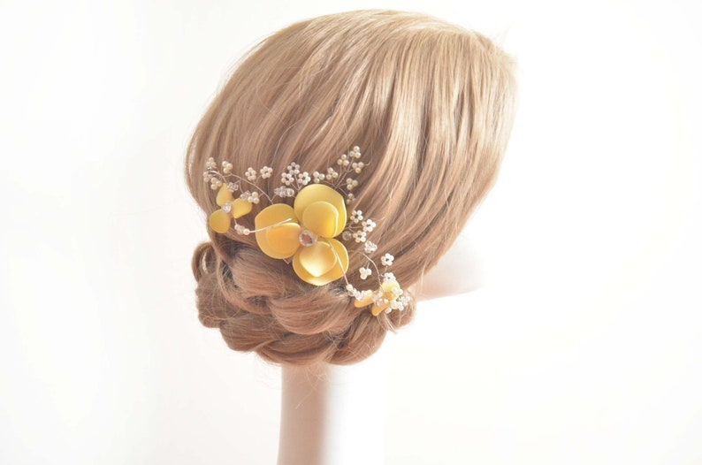 Bridal hair clip Bridesmaid headpiece, Bridal hair comb White hair comb White head piece Floral headpiece Decorative  hair comb