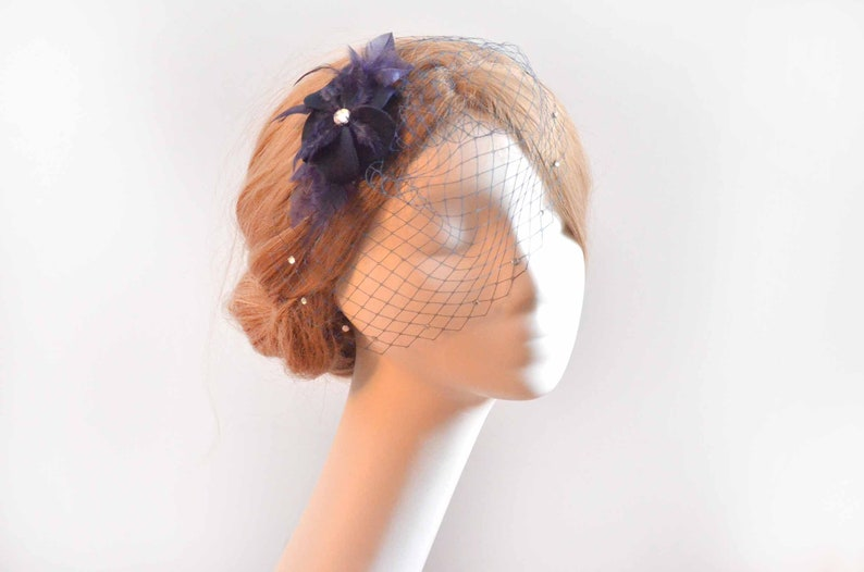 e01dbd7274625 Mini birdcage veil Navy blue feather veil Feather fascinator
