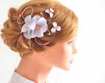 Silver and gray fascinator  Flower hair clip Silver fascinator Bridesmaids clip Bridal hair clip Wedding hair accessories Hair pin