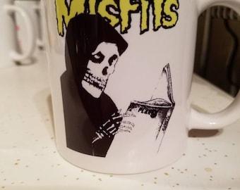 11 oz. Misfits punk coffee mug