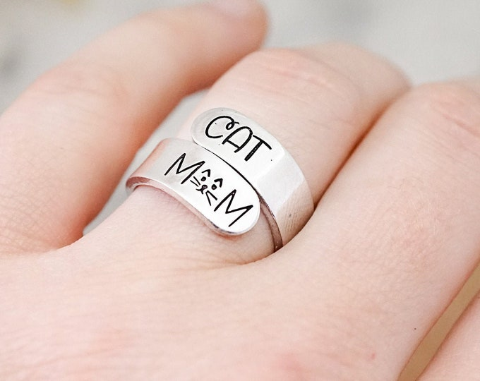 Cat Mom Wrap Ring - Cat Lady - I love my Cats - Cat Mom Gift - Cat Owner - Love my Cats Gift - Cat Lover Gift Ideas - Adjustable Wrap Ring