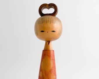 Kokeshi Doll. RARE Kokeshi by Ryoichi Funayama  Sosaku Kokeshi. Vintage Japanese Kokeshi. Japanese Doll. Vintage Kokeshi Doll.