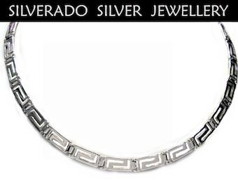 Griechischer M\u00e4ander kette Greek key meander necklace in Blue /& White opal Greek opal Jewelry Sterling silver Collier M\u00e9andre Grec