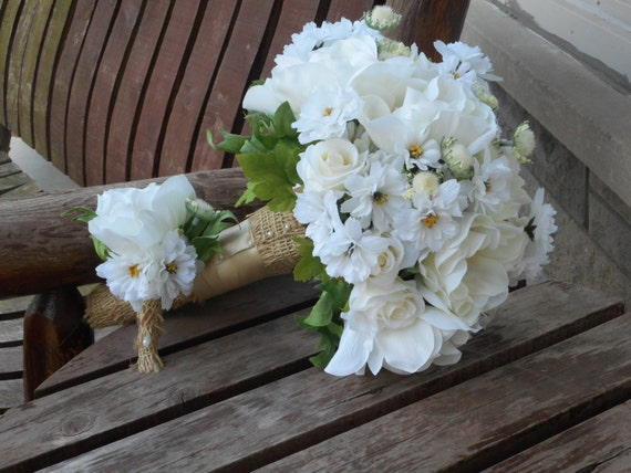 Rustic Wedding Bouquet  Daisy Silk Bridal Bouquet  Country Wedding  Rustic Wedding  Silk Wedding Flowers  Simple Rustic Bridal Bouquet