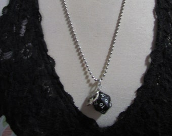d20 NECKLACE Class Talisman Dungeons and Dragons Dice (Bard/Assassin/Thief)