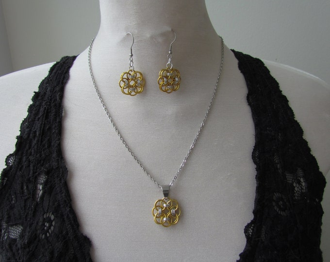 Gold Helm's Weave Rosette Earring & Necklace Set