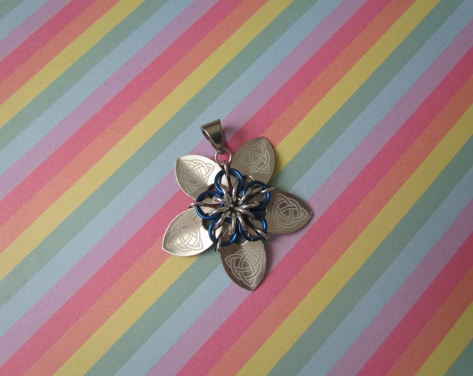 Scale Flower Pendant (Silver Celtic Knot/Blue)