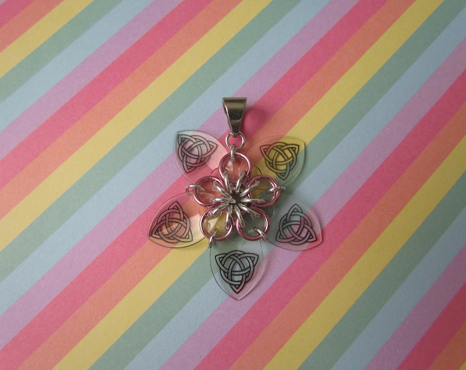 Scale Flower Pendant (Transparent Celtic Knot/Pink REVERSIBLE)