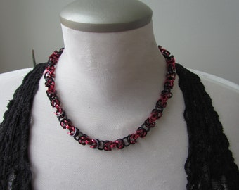 Red & Black Square Wire Byzantine Necklace