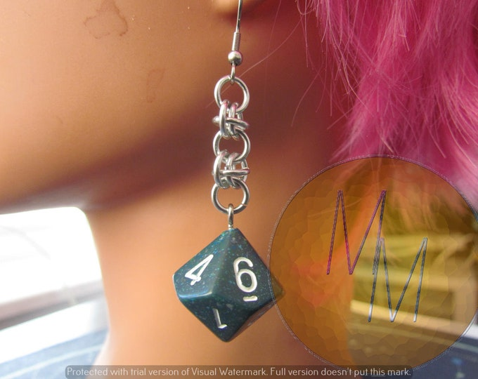 Blue/Dark Green Speckle d10 Chainmail Earrings STAINLESS STEEL HOOKS