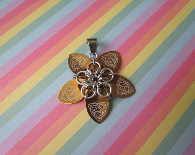 Scale Flower Pendant (Bronze Celtic Knot/Lavender REVERSIBLE)